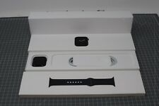 SCRATCHED Apple Watch Series 6 (GPS, 40mm) - Space Gray Aluminum Case - OJ82