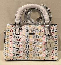 *** NWT NEW GUESS LOGO GENUINE WOME