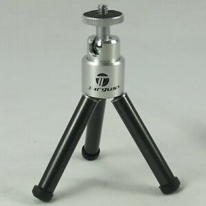 Targus TGT-CT7 Universal Table Top Tripod  - Extends To 6 Inches