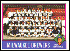 1976 TOPPS OPC O PEE CHEE #606 MILWAUKEE BREWERS TEAM UNMARKED EX-NM YOUNT AARON