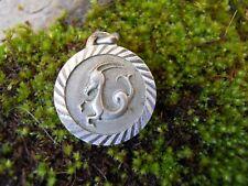 Ancienne médaille pendentif en argent signe astrologique