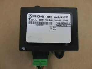 03-06 Dodge Mercedes Sprinter Van Theft Lock Dash Control Module 0335456132