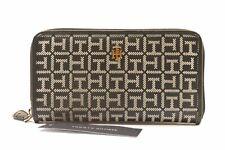 Tommy Hilfiger 69J2559 003 Black/White Monogram Zip Around Ladies Wallet