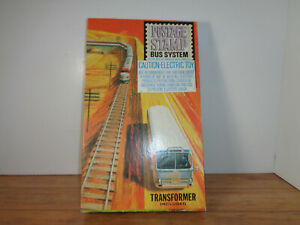 AURORA # 4402 N SCALE POSTAGE STAMP BUS SYSTEM, GREYHOUND BUS, TRACK AND BOX