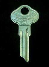 C1098A ILCO FORD Model A KEY BLANK 1930 ign., 31 All Locks. fits Basco GROOVE #5