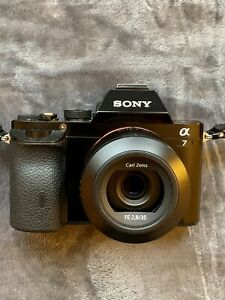 Sony Alpha A7 Full-Frame