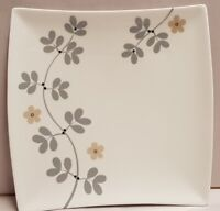Maxwell & Williams Entwine Pattern Square Plate 2011 Only Gold & Silver 18cm
