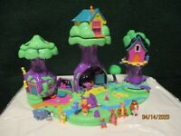 Vintage Polly Pocket Winnie The Pooh 100 Acre Wood House Playset 98% All Figures