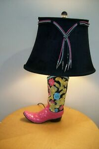 Girl's Western Design distressed Cowboy Boot Bedroom Lamp - Pink