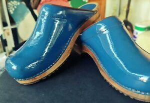 Sanita Clogs Gorgeous Blue Patent Leather Sz 39