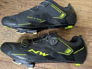 Northwave Sonic 2 Plus Road Cycling Shoes with Shimano SPD SL cleats. 9.5 UK