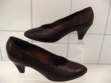 VINTAGE CLARKS K brown leather court shoes pumps size UK 4.5D