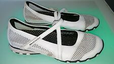 Skechers White Sporty mary jane style womens shoes size 9.5 good conditio