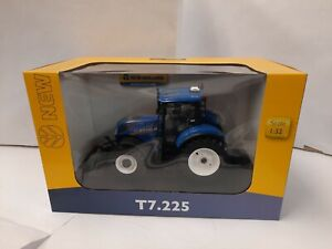UH4893 - Tractor New Holland T7.225 Fitted Dropside Front With Mass 2015 version