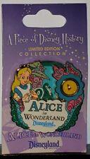 Disney Piece of History Alice in Wonderland Le 1000 Pin