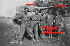 """Pazer IV of SS 12 Panzer Division """"Hitlerjugend"""" and its crew in France, 1944"""