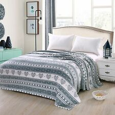 NEW Heart Felt Soft Micro plush Bed Throw Blanket Lovely Contemporary Pattern