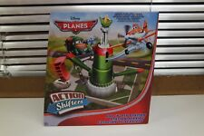 Disney Planes BFM40 azione Shifters 'N Fly Fill Station collegabile Playset (TS)