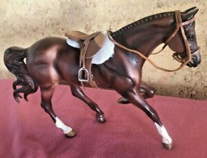 """Breyer Traditional #9107 - """"Sapphire"""" Olympic Gold Medal Show Jumper - with tack"""