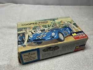 1964 Monogram Cooper-Ford 1/32 Scale Slot Car kit SR3204 #89 Blue