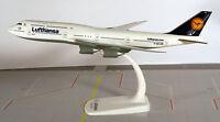 Lufthansa Boeing 747-8 1:250 Herpa Snap-Fit 610001 Modell B748 B747 Thüringen