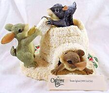 Charming Tails Figurine Team Igloo