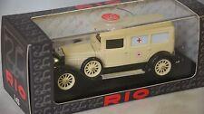 Rio 4385 - Fiat 519 S ambulance Croix rouge Italienne - 1930    1/43