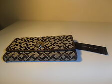 TOMMY HILFIGER CHECKBOOK WALLET GORGEOUS & CHEAP!!