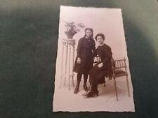 ancienne photo carte postale  jeune fille  en pose