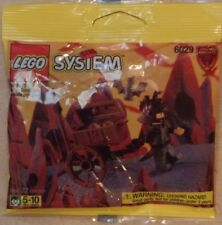 Lego Fright Knights 6029 Treasure Guard 22 pieces NEW Sealed MISP 1998