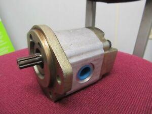 Hydraulic Pump Direct Mount RexRoth 9310 298 355 / 9 Spline Shaft New Old Stock
