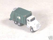 Z Scale 2001 Waste Management Garbage Truck #348, #8846
