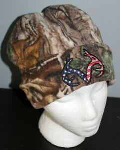 NEW Fleece Camo Beanie Hat REALTREE Red White Blue Flag USA Logo Men's