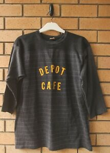 VINTAGE #10 DEPOT CAFE ATHLETIC WEAR BY MASON 3/4 SLEEVE SHIRT MADE IN USA LARGE