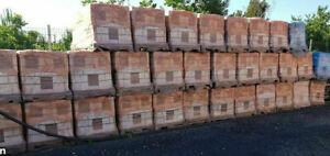 carrelage grès neuf 33 cm x 33cm  3 euros le metre carré m2 épaisseur 7,5mm