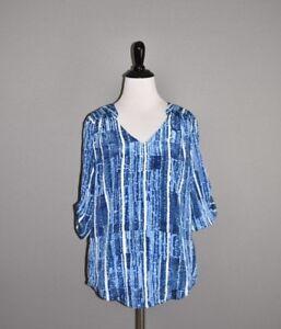 ANN TAYLOR NEW $65 Blue Short Sleeve V Neck Blouse Small