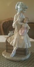 Lladro Figurine Feeding Her Baby #5140 Woman in Bonnet with Bottle Son Daughter
