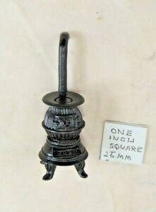Half Scale 1/24    POT BELLY STOVE     T0253   dollhouse miniature furniture
