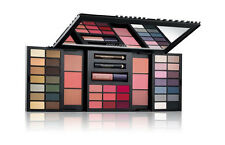 Estee Lauder Color Portfolio Palette 46 Shades For Eyes, Lips And Cheeks