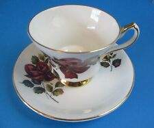 DEEP RED  ROSE & ROSE BUD CUP & SAUCER  WINDSOR EXCELLENT CONDITION