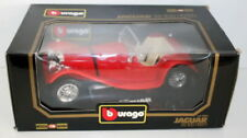 Altri modellini statici auto Burago per Jaguar
