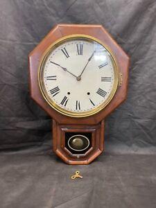 Vintage American Seth Thomas Drop Pendulum Wall Clock. Working