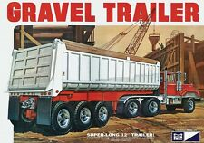 MPC Model Kits [MPC] 1:25 3 Axle Gravel Trailer Plastic Model Kit MPC823
