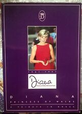 PRINCESS DIANA TRIBUTE IN DRESS PHOTOS UK EXHIBITION SIGNIFICANT BOOK 1998
