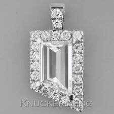 "18 - 19.99"" Cluster Fine Diamond Necklaces & Pendants"