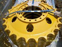 NEW KOMATSU D31 OR D37 SPROCKET FOR DOZER & LOADER, PARTS