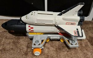 Matchbox   mega rid space shuttle  spaceship Play set 2008 toy