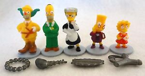 Parker Brothers Simpsons Clue Board Game Replacement Pawn Figure & Weapon Lot