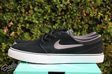 NIKE SB STEFAN JANOSKI GS SZ 6 Y BLACK LIGHT GRAPHITE WHITE GUM 525104 047