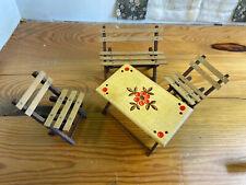 alte Sitzgruppe aus Holz, Spielzeug, Deko (G)15819